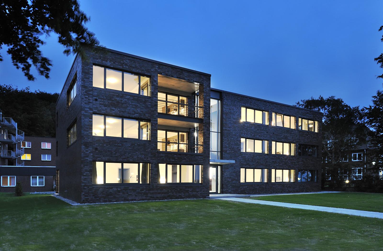 Uni kiel neues g stehaus f r wissenschaftler aus aller welt for Uni architektur