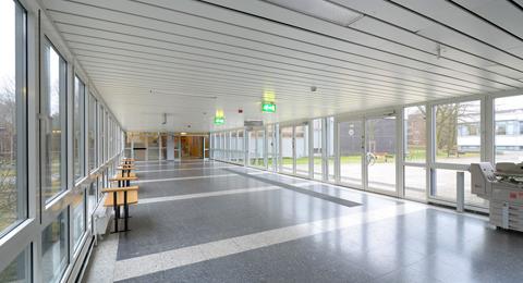 Verbindungsgang Hörsäle/Seminargebäude 1 Olshausenstraße 75