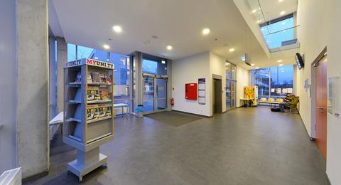 Foyer EG Leibnizstraße 1