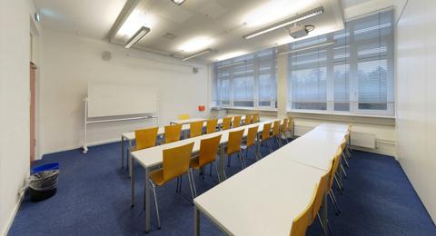 Seminarraum 104 a (geteilt) Leibnizstraße 1