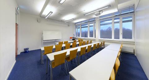 Seminarraum 104b (geteilt) Leibnizstraße 1